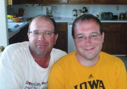 Randy y Jared Merkel, ganadores del concurso de parecido entre padres e hijos de  http://jesupcitizenherald.com/